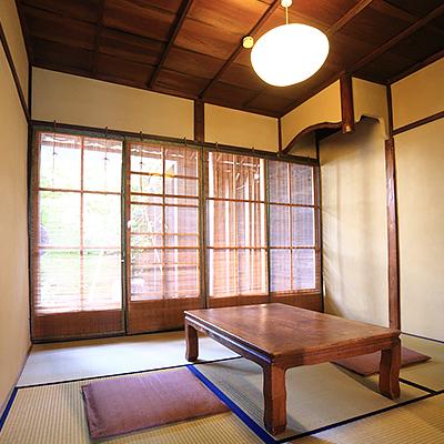 1階和室 : 南側4.5帖のお部屋です。