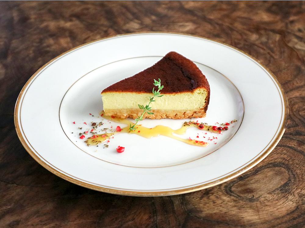 ゴルゴンゾーラの青黴チーズケーキ 650円
